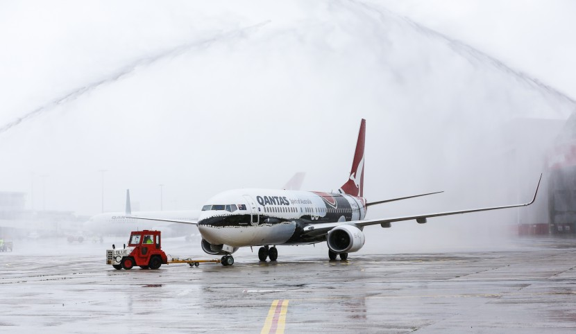What a beauty! New Qantas 737-800 Indigenous Flying Art takes fligth