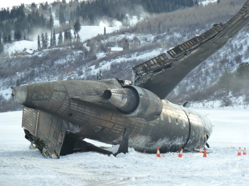 Private jet plane crash at Aspen Airport – one dead