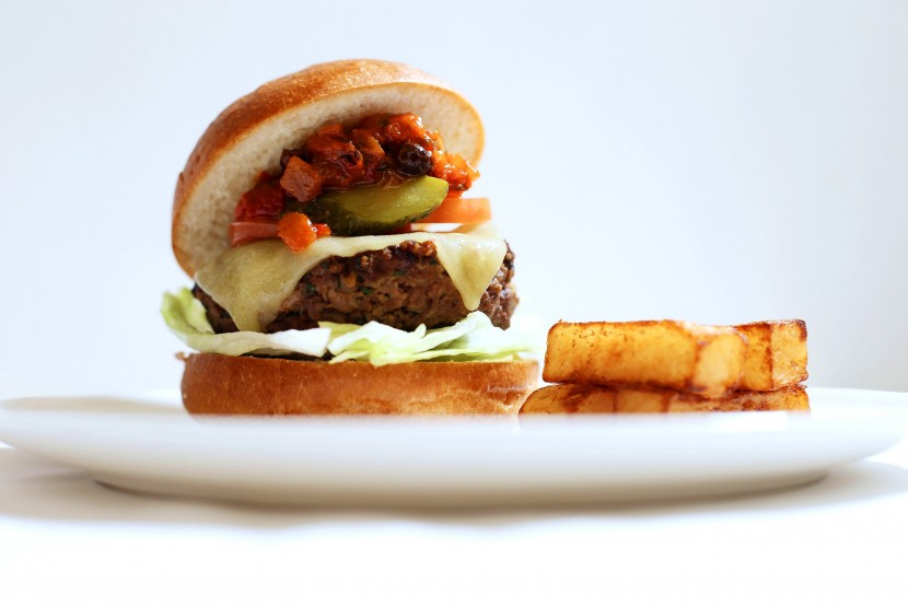 BA to offer burger and chips on long haul flights
