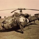 RJH outside Gazelle MW - copyright Jock Hutchinson 1988