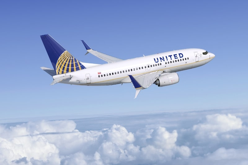 United order 25 extra Boeing 737-700 aircraft and retire 747 fleet by 2018