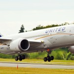 United 787 takes off